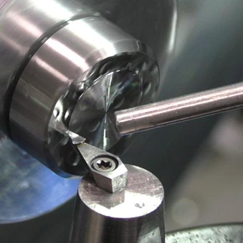 UP-Zerspanung von Stahl