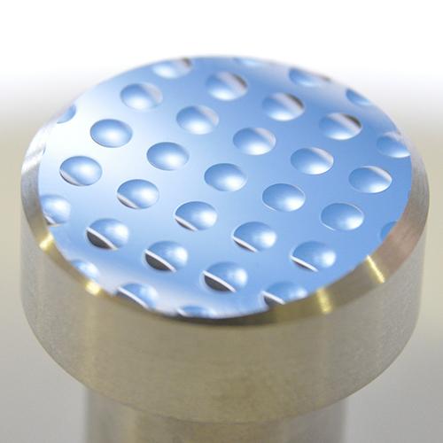 Spritzgusswerkzeug, Diamantzerspant in Stahl